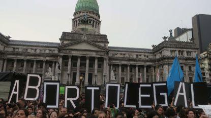 Duizenden Argentijnen eisen legalisatie abortus
