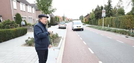 Leo van Rijt uit Deurne: 'Fietsers laten blinden vaak schrikken'