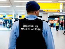 Twee terugkeerders uit Syrië en Irak aangehouden op Schiphol