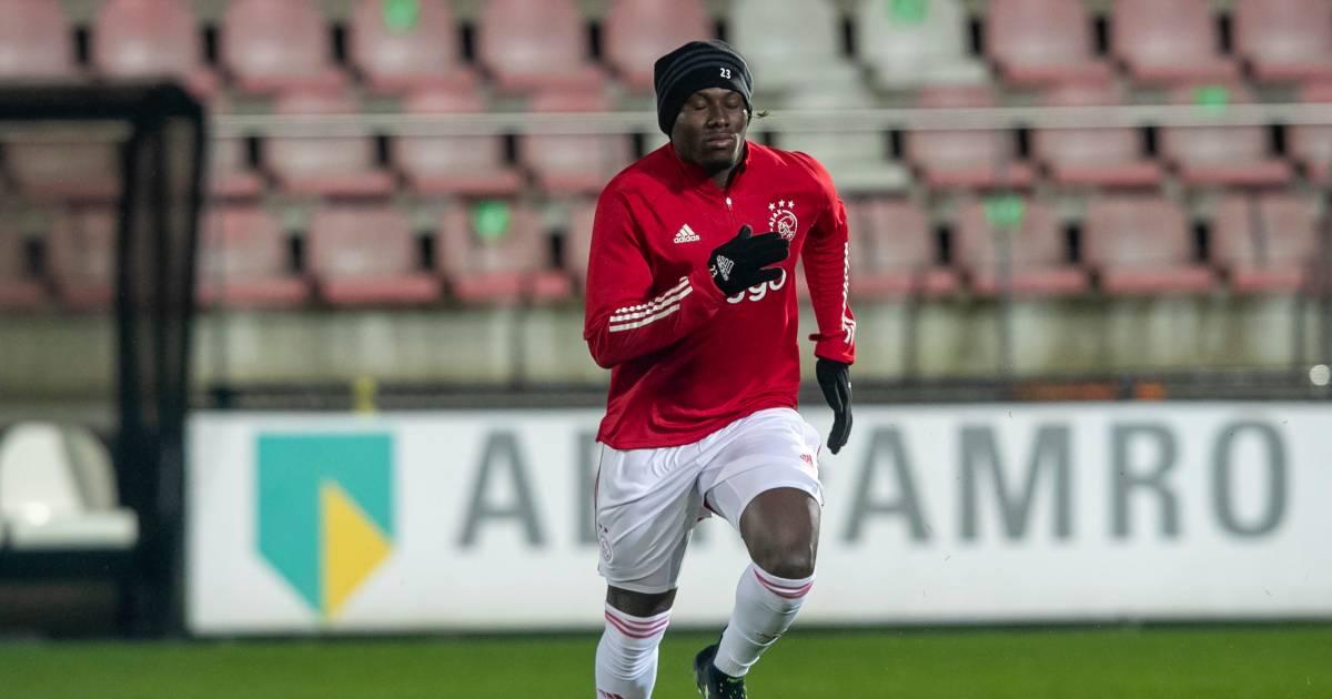 Traoré maakt na zeven weken blessureleed rentree bij Jong Ajax