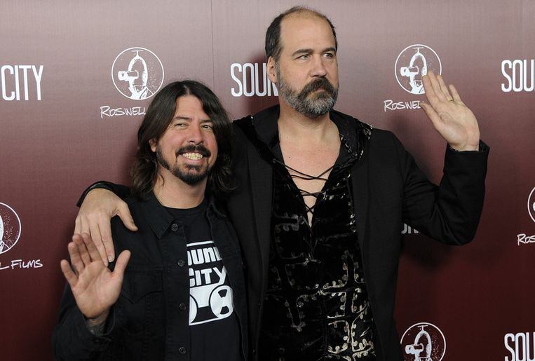Krist Novoselic (rechts)