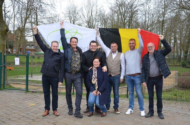 De organisatoren en medewerkers van het EK-voetbaldorp in Haaltert.