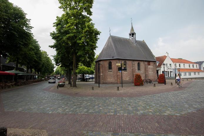 Markt met kapel in Eersel anno 2019.