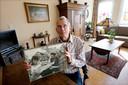 Michel Stolker twee jaar geleden met een foto uit zijn eigen archief.