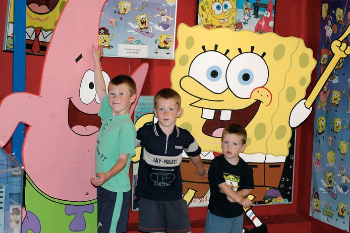 Een archieffoto uit 2006 van jonge bezoekers in het Dierense speelgoedmuseum TV Toys.