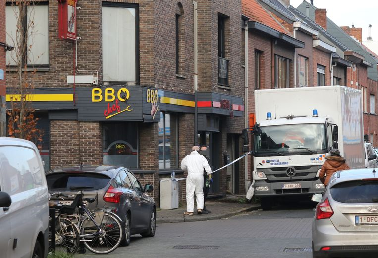 De politie en de civiele bescherming ontmantelde een cannabisplantage in de Kruishuisstraat.