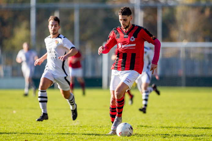 Jaouad El Yaagoubi opende de score namens ONA tegen Groeneweg