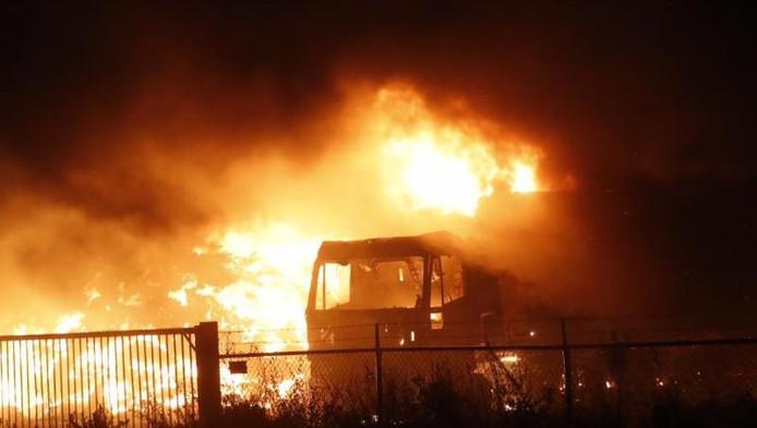 Grote brand bij recylcingbedrijf in Someren-Heide.