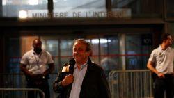 Voormalig UEFA-voorzitter Michel Platini weer vrijgelaten