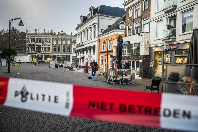 In de binnenstad van Deventer ging het vannacht gruwelijk mis.