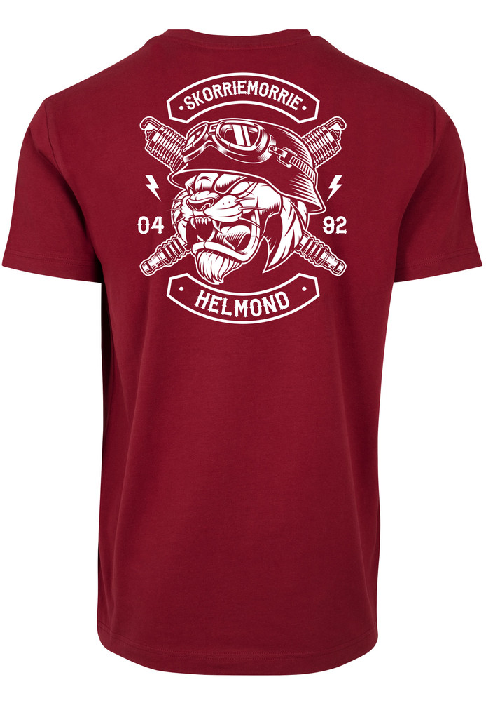 De diverse shirts die Jean-Pierre Noten verkoopt, onder meer 'Skorriemorrie'-shirts en 'kattenmeppers'.