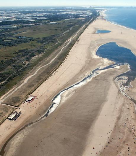 'Opgespoten zandstranden maken dijken overbodig'