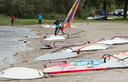 Strand Horst is een geliefde plek voor wind- en kitesurfers uit het hele land. Ook vanuit Duitsland komen surfers graag naar dit recreatiegebied aan het randmeer langs de A28.