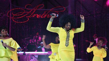 IN BEELD. Artiesten verzamelen voor indrukwekkend herdenkingsconcert   Aretha Franklin