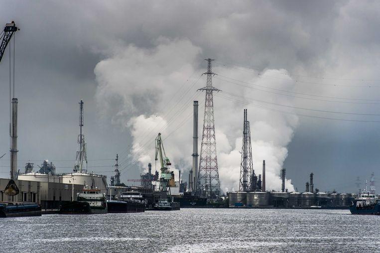 België scoort slecht voor alle componenten van de elektriciteitsprijs.