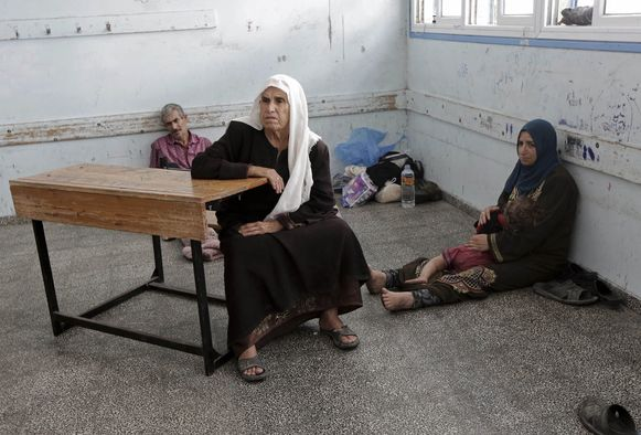 Gazanen schuilen in een van de VN-scholen in de Gazastrook.
