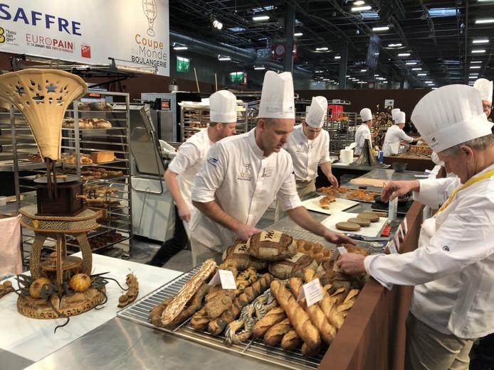 Het Nederlandse team kwam in actie in Parijs.