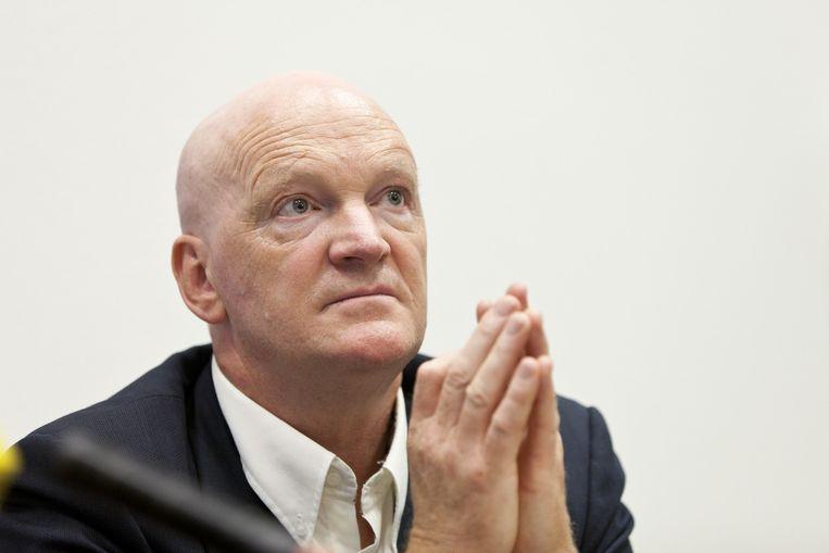 Arnold Karskens, hier als voorzitter van de stichting Onderzoek Oorlogsmisdaden tijdens een persconferentie. Beeld anp