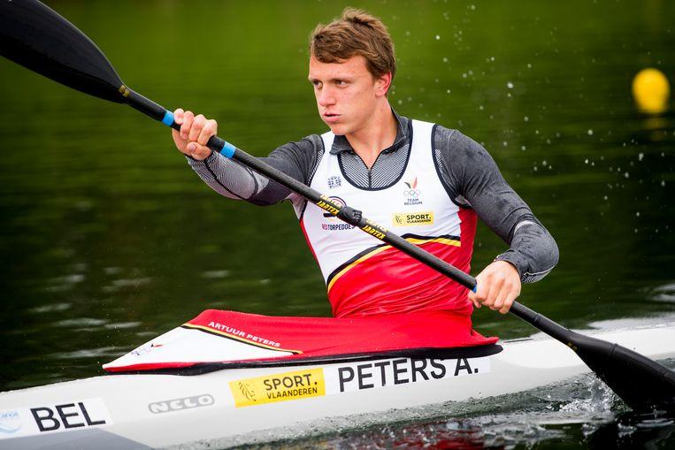 Kajakker Artuur Peters is Europees beloftekampioen op de K1 1.000m