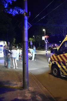 Voetganger zwaargewond bij aanrijding in Arnhem, veroorzaker op de vlucht