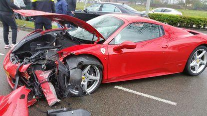 Peperdure gecrashte Ferrari was huurauto voor bruiloft