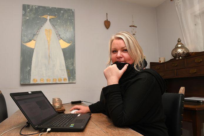Mara Ruza uit Mill is een van de deelnemers aan de online banenmarkt.
