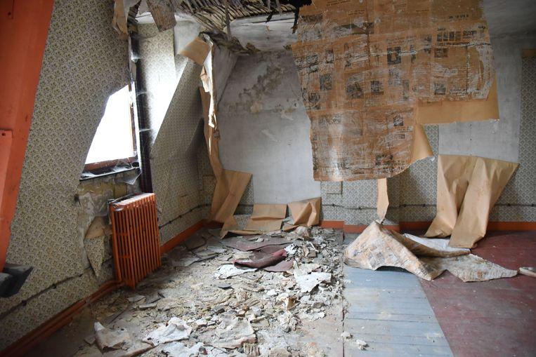 Het gebouw in de Vilvoordelaan verkeert al jaren in een erbarmelijke staat en werd recent verkocht.