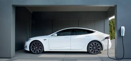 Echt waar: deze eigenaren van elektrische auto's kregen geld toe om hun accu's op te laden