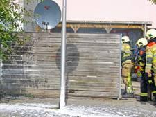 Onkruidverdelgers veroorzaken schuttingbrand in Emmeloord