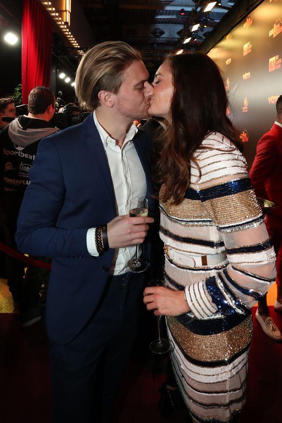 Man City-ster en Red Flame Tessa Wullaert innig met haar vriend Mathias Deveugele.