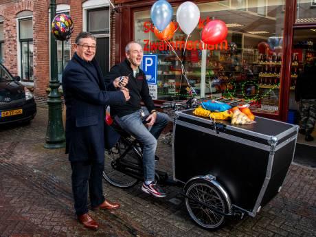 'Bezorgbakfiets' kers op de taart voor nieuwe Zwammerdamse minisuper
