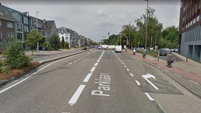 Vandaag en morgen nachtelijke werken op Parklaan: hele kruispunt krijgt nieuw asfalt