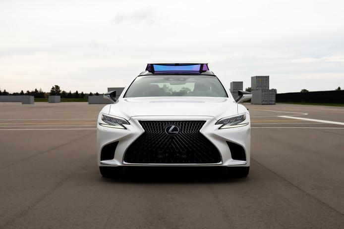 De zelfrijdende Lexus LS komt in 2020 in actie