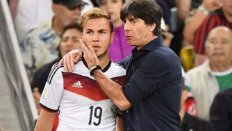 Een cruciale ingreep tijdens de WK-finale van Duitsland tegen Argentinië in 2014: Löw brengt Götze in en fluistert in zijn oor: 'Toon dat je beter bent dan Messi.' Löw scoorde de winning-goal.