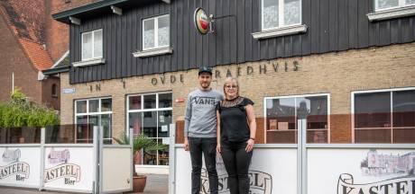 Droom door coronacrisis uiteengespat, café 't Oude Raedhuis in Westdorpe gesloten