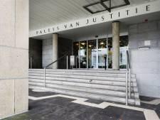 Rechtbank wil zedenverdachte Spijkerkwartier zelf zien en horen