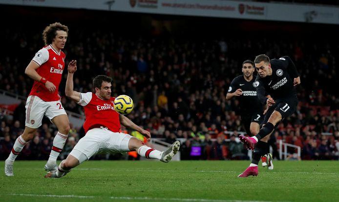 Leandro Trossard et Brighton enfoncent encore un peu plus Arsenal.