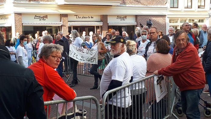 Bewoners voeren actie op de Markt in Brielle