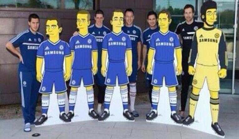 Voor de officiële bekendmaking van de commerciële deal ondergingen Eden Hazard, Torres, Terry, Lampard en Cech wel een 'Simpson-icatie'.
