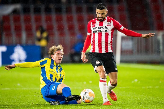 PSV verloor tien maanden geleden in het bekertoernooi van RKC. Linksback Aziz Behich speelde een abominabel slechte wedstrijd in dat duel.