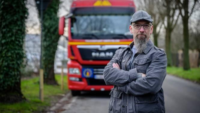 """Parkeerverbod voor vrachtwagens in Genthof zet kwaad bloed: """"Nu zal straat regelrechte racebaan worden"""""""