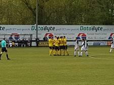Teruglezen amateurvoetbal: Halsteren verslaat Dosko met ruime cijfers, Dongen wint opnieuw