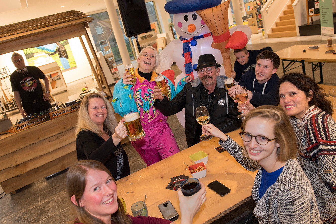 Apres ski party in Zinder.