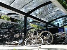 Jongeren ontkennen mishandeling van 62-jarige Vroomshoper met fiets: 'Gebruikt om af te weren'
