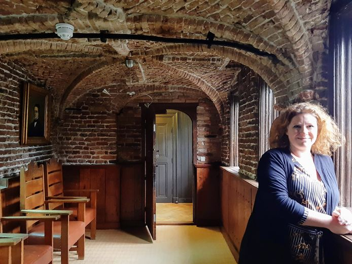 Directeur Rylana Seelen in de kapel die ook wordt opengesteld voor publiek.