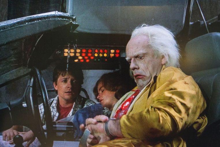 Doc met zijn horloge dat het weer voorspelt. Beeld