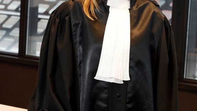 """Het eelt op de ziel van rechter Ariane Braccio uit 'Strafrechters': """"Bij sentimentele films huil ik tranen met tuiten, maar bij mijn strafdossiers nooit"""""""