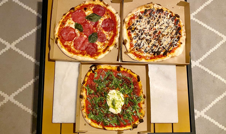 Pizza Barrica. Beeld Het Parool