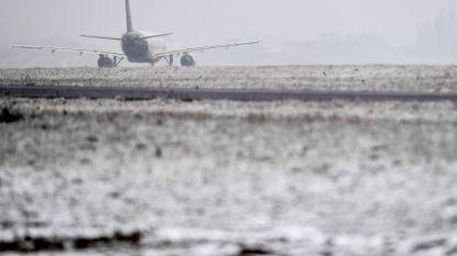 """""""Slapende"""" vrouw op vlucht naar Brussel blijkt overleden te zijn: parket opent onderzoek"""