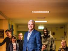 Zilveren stadspenning voor Arnhemse onderwijsman Ludeke